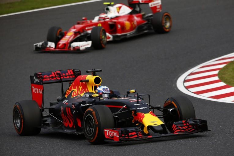F1   リカルド「キミのペナルティで繰り上がりたくなんかなかった」:レッドブル F1日本GP日曜