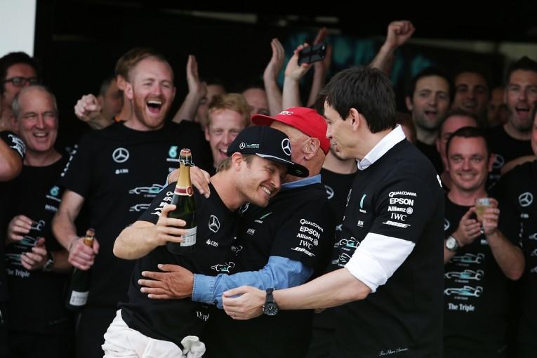 F1 | ロズベルグ「メルセデスの戴冠を盛大に祝おう。僕自身のお祝いはまだ控えめに」:F1日本GP日曜