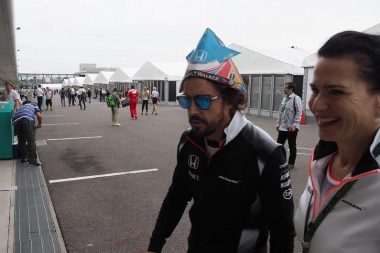アロンソはカブトがお気に入り@日本GP現地情報