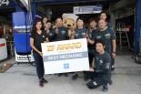 スーパーGT第7戦タイで『ZF Award』を受賞したLEXUS TEAM WedsSport BANDOH