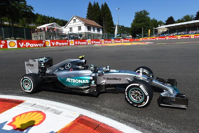 F1 | トラブルスタートのニコが首位。マルドナドがクラッシュ