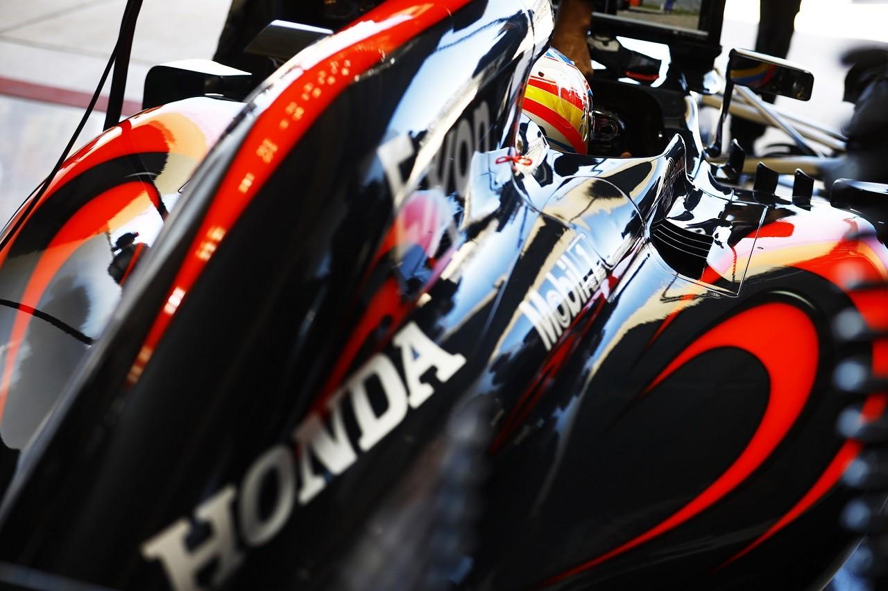 2016年第18戦アメリカGP フェルナンド・アロンソ(マクラーレン・ホンダ)