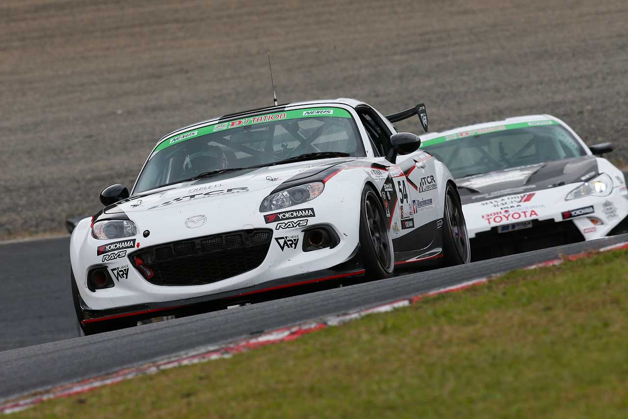 S耐第5戦:KONDO RACING初の栄冠。24号車GT-Rが連勝で王座獲得