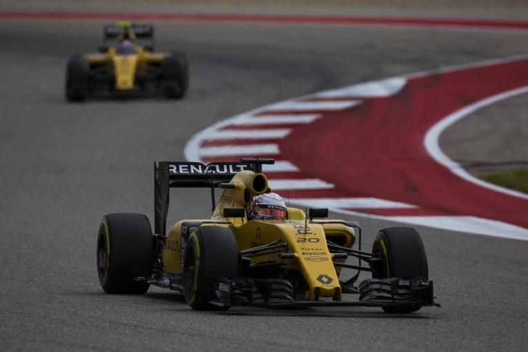 F1   降格マグヌッセン「ペナルティは悔しいけど、今年一番楽しかった」:ルノー F1アメリカGP日曜