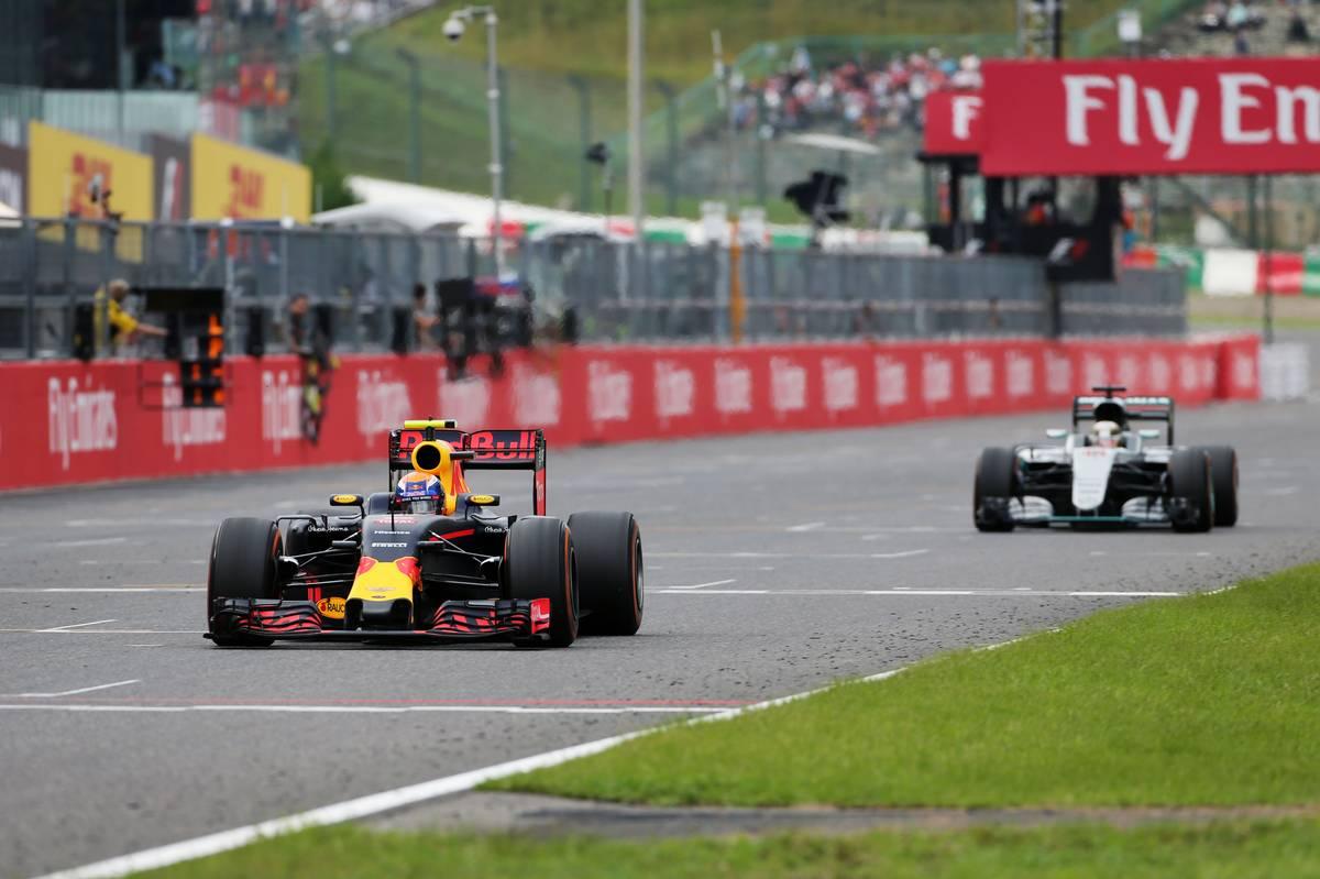 フェルスタッペンとハミルトン(日本GP)