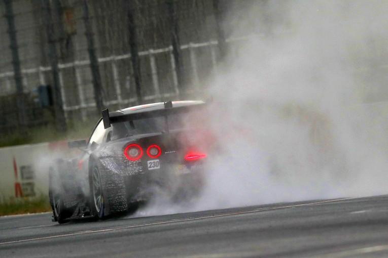 スーパーGT   スーパーGTの2017年仕様GT500開発テストの3日目は悪天候により中止