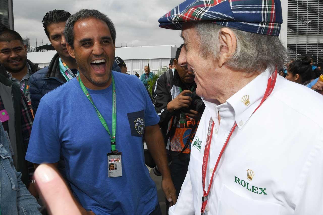 F1フォトファン・パブロ・モントーヤとジャッキー・スチュワートF1 News Ranking本日のレースクイーンPhoto Ranking