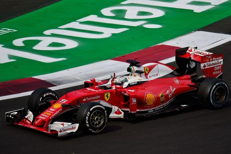 F1   ベッテル、ペナルティで降格「間違いなくリカルドには十分スペースを与えた」フェラーリ F1メキシコ日曜