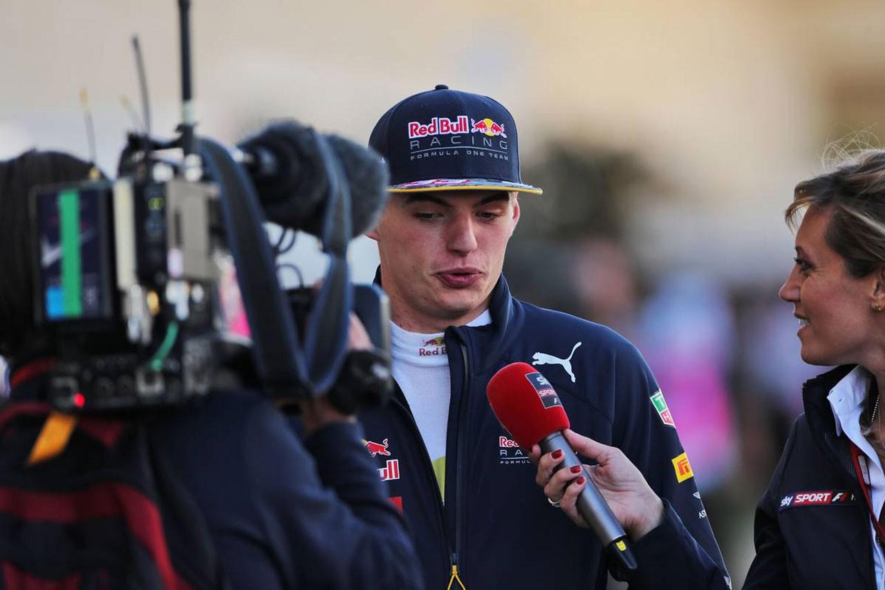 F1 Topic:「いつかとんでもない事故が……」フェルスタッペンの走りに憤る元F1ドライバーたち