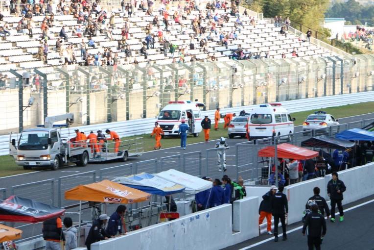 MotoGP   全日本ロード:決勝レース2で3台が絡む大クラッシュが発生。レースは一時中断に