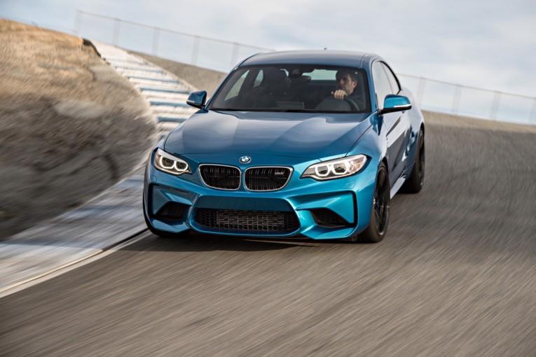 """クルマ   今、もっとも""""らしい""""BMW。最小のM『BMW M2』に待望の6速MTが登場"""