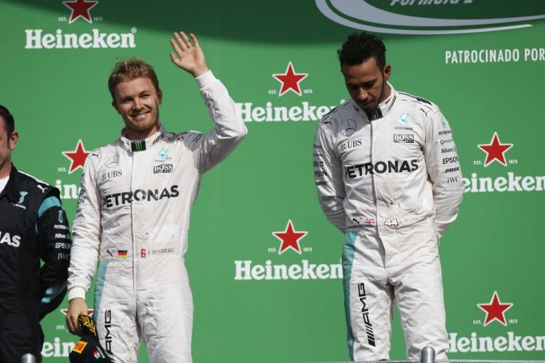 F1 | ハミルトン「負けるための準備なんかできやしない」。圧倒的劣勢のなか逆転タイトルを狙う