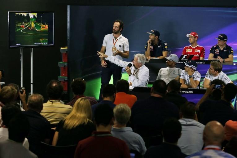 F1   ベッテルとFIA、ペナルティについて食い違う主張。「暴言問題」は落着