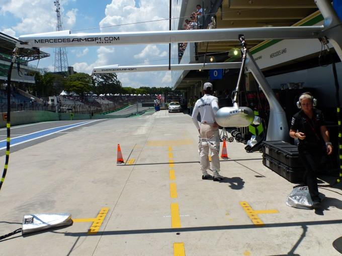 F1 | F1 Topic:タイトルがかかった重要な一戦に神経質になるメルセデス陣営