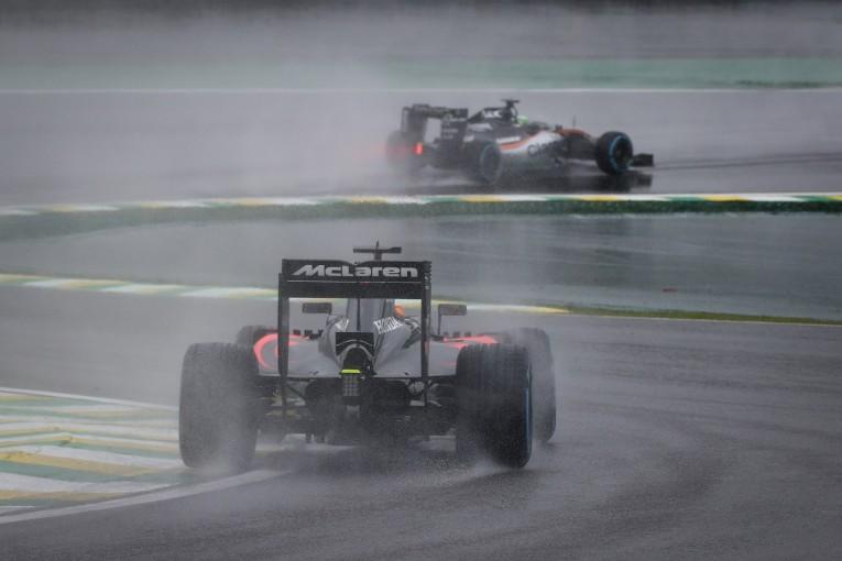 F1 | ホンダ「ハラハラしどおしだった…サバイバルレースを戦い抜いた全ドライバーの勇気に敬服」/F1ブラジルGP日曜