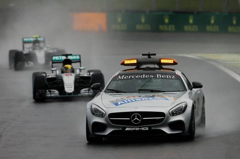 F1   相次ぐ赤旗とSC先導にドライバーの不満が噴出。来季の新ルールによる改善に期待