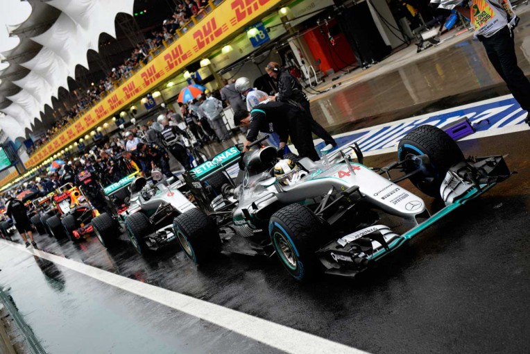F1   ピレリ「難しいコンディションのなか、素晴らしいドライビングを見せてくれた」