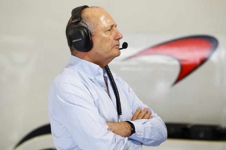 F1 | ロン・デニスがマクラーレンと完全に決別。株式を手放し、役員の座から退任