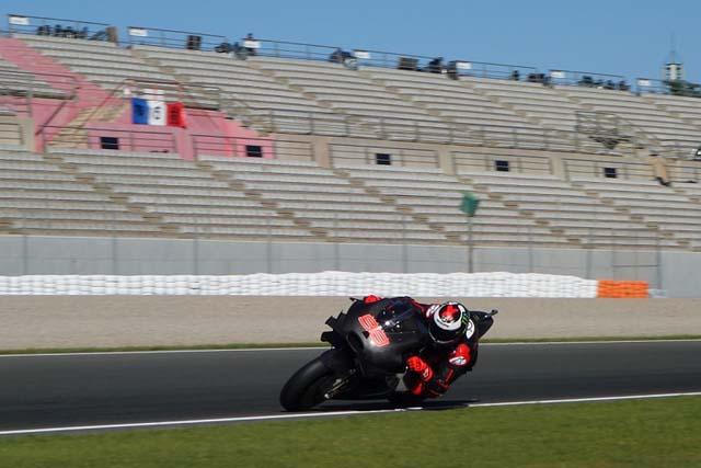 MotoGP   MotoGP:ロレンソ×ドゥカティ始動。バレンシアテストで初走行