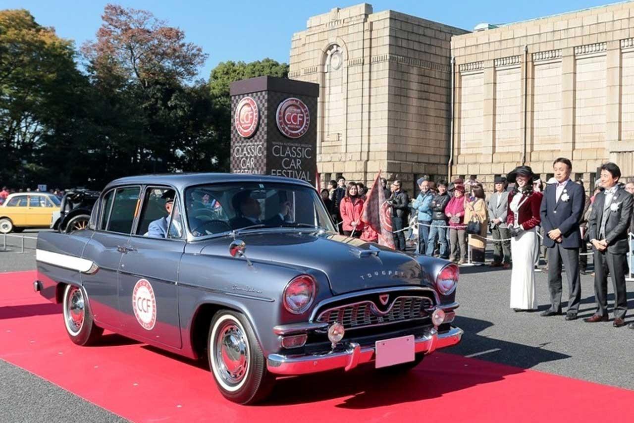 ジェームズ・ボンドの愛車も登場。クラシックカー・フェスティバル in 神宮外苑が開催