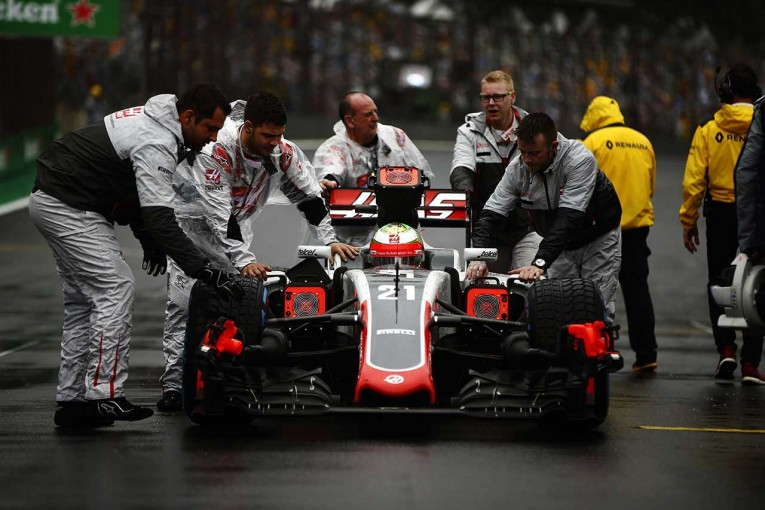 F1 | 小松礼雄F1コラム:予選7位の興奮から一転、まさかのスタート前クラッシュ。痛感した、基本の大切さ