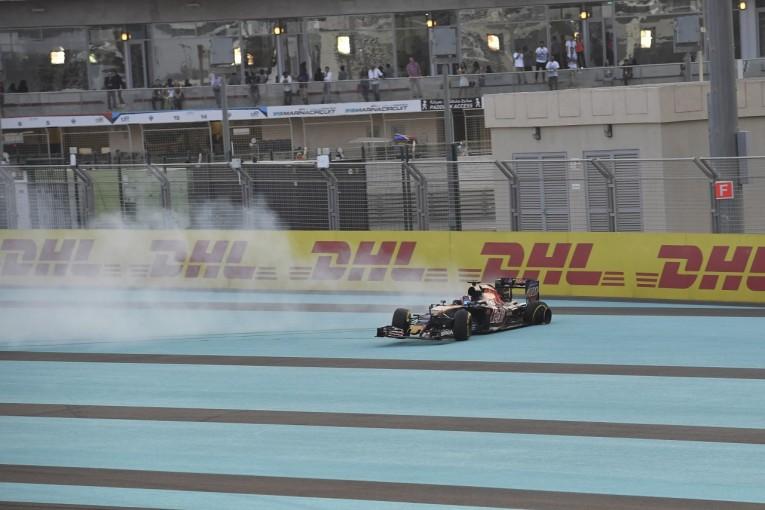 F1 | トロロッソ、相次ぐタイヤトラブルで走行中止「原因不明。アメリカでも同じことが…」:F1アブダビGP金曜