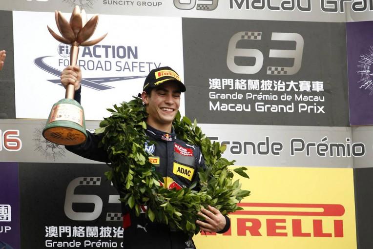 海外レース他   F3マカオGPで3位表彰台を獲得したセッテ・カマラ、17年はGP2に参戦へ