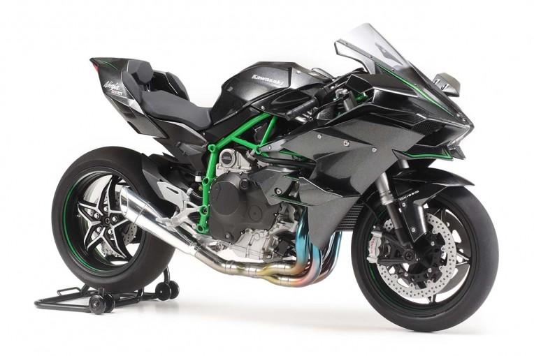 MotoGP | カワサキ最速マシン『Ninja H2R』がプラモデルとなって登場