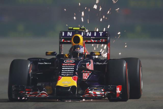 F1 | アロンソ初日8番手。最速レッドブルは驚異的ペース