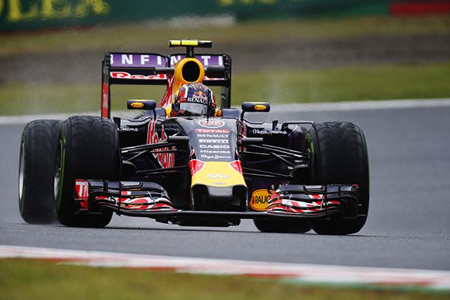 F1 | FP2も雨でロングランできず、クビアトが初日首位