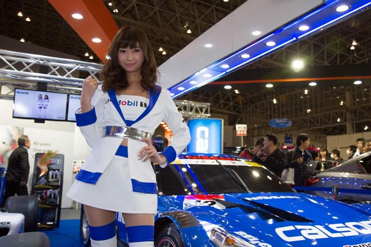 レースクイーン | 東京オートサロンで2017Mobil1レースクイーンが発表