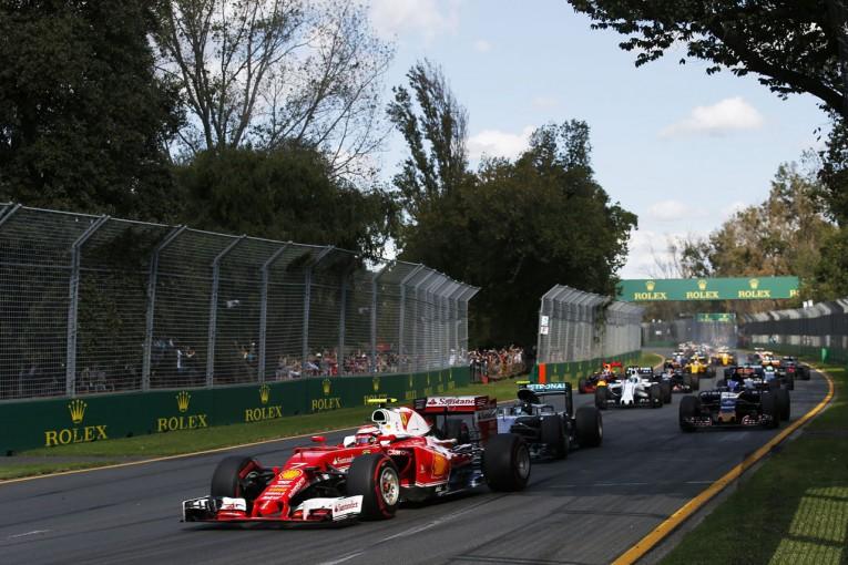 F1   F1マシンの高速化に合わせ、全20コースが改修へ