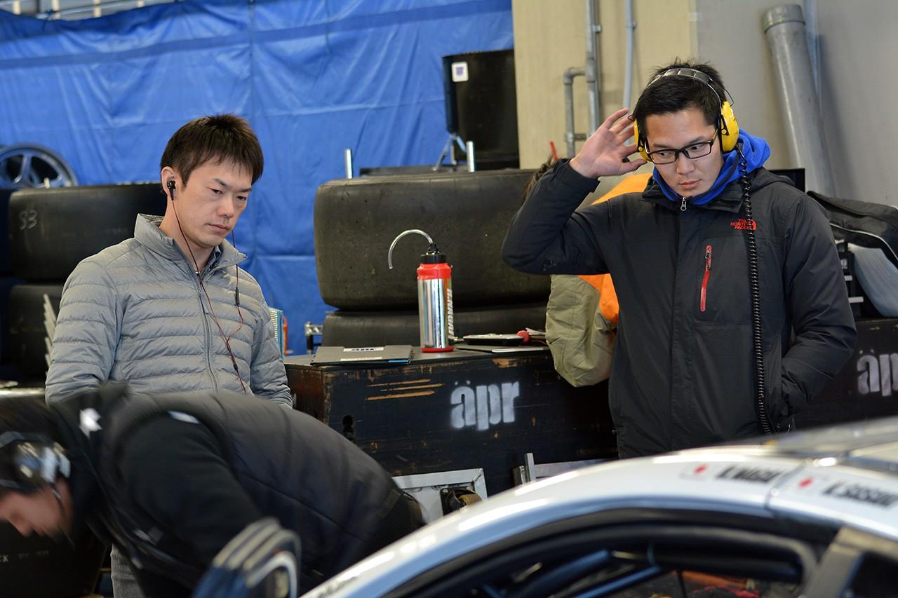 GAINERとaprの30号車が富士でテスト。精力的に走行を重ねる