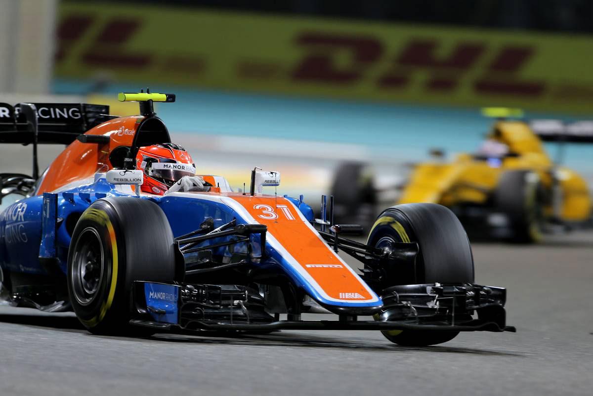 F1 Topic:奇跡を信じてマノーに残る飯田メカニック、運命のXデーは1月27日