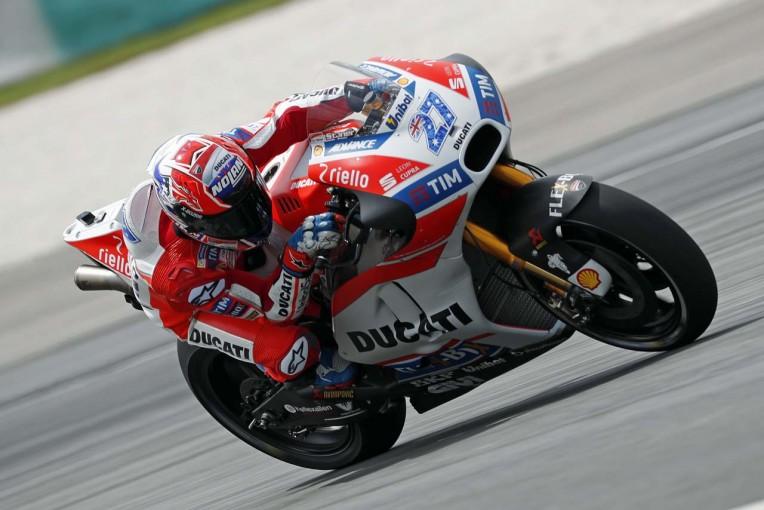 MotoGP | MotoGP:ドゥカティ、リヤを大幅に変更したマシンでテスト。17年型GSX-R1000の姿も