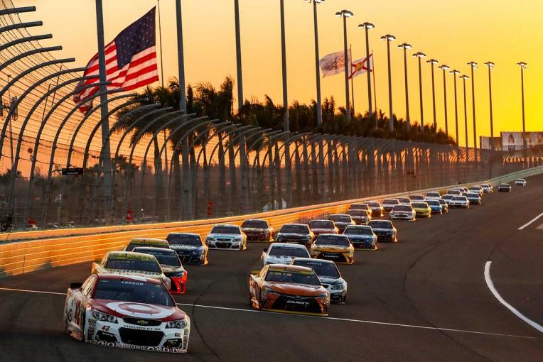 海外レース他   NASCAR:2017年の新フォーマットは「理想的」。参戦ドライバーも支持
