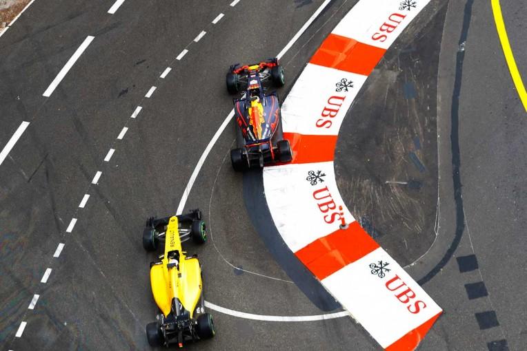 F1 | ルノー、16年シーズンに投入したF1パワーユニットの進歩に驚く