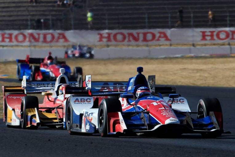 海外レース他   インディカー、17年から適用の新規則発表。オーバーテイクシステムは時間管理へ