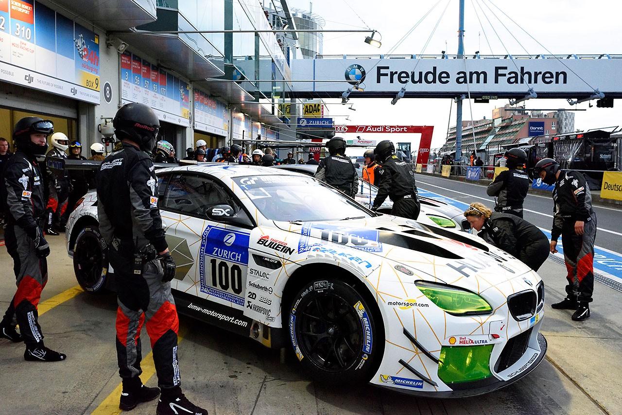 BMW、ニュルブルクリンク24時間にワークスドライバーを大量投入