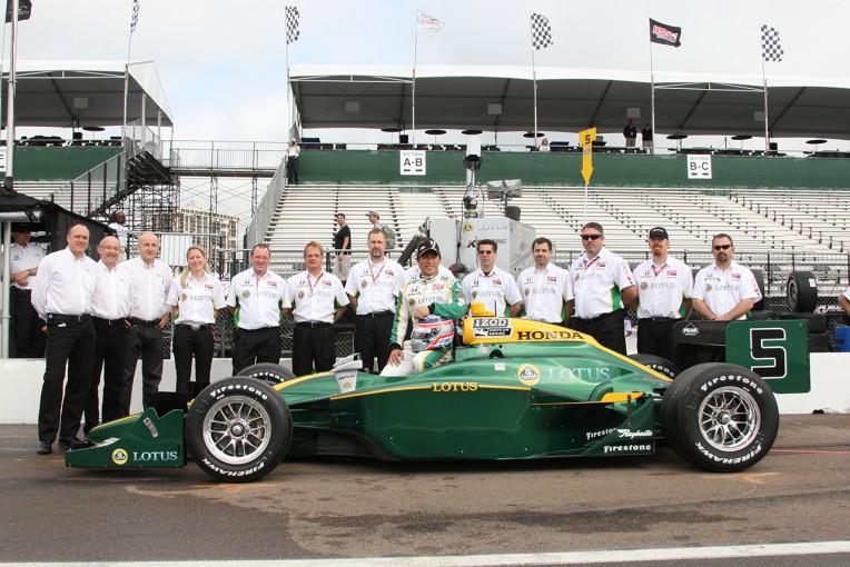 2010年にKVレーシングからインディカーデビューした佐藤琢磨