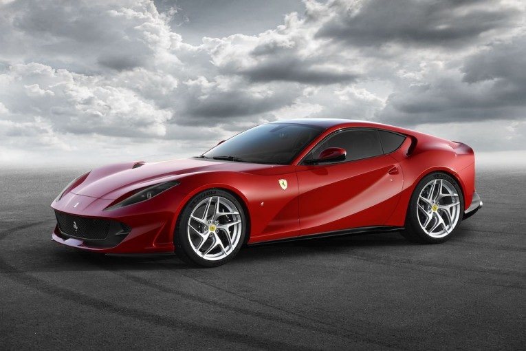 クルマ | 最高出力800馬力。史上最強の跳ね馬『フェラーリ812 スーパーファスト』