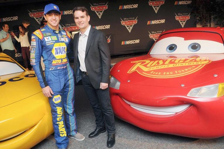海外レース他 | NASCARがディズニー映画『カーズ3』とコラボ。ドライバー陣が声優として登場