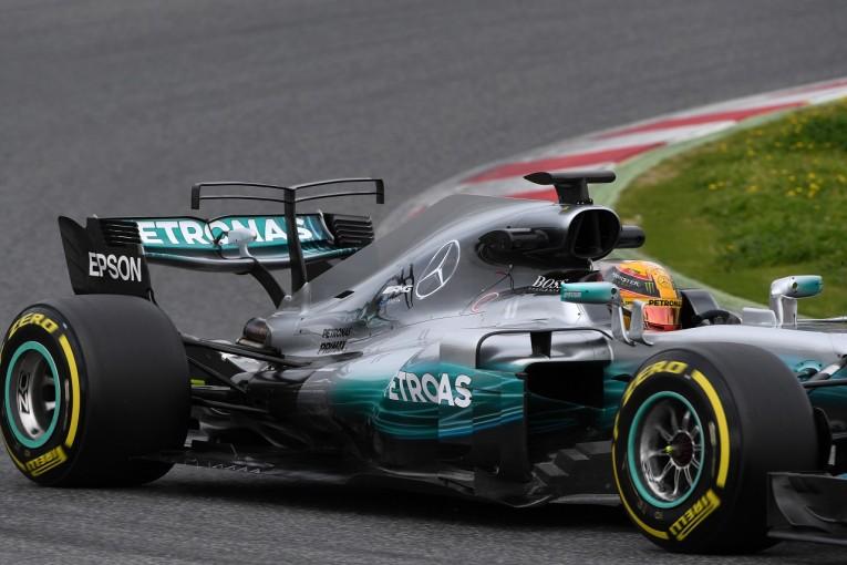 """F1   メルセデスF1、一歩先を行く""""ダブルTウイング""""を導入"""