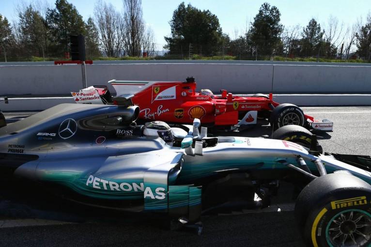 F1   F1テスト3日目:ベッテルがソフトで好タイム、アロンソは順調に周回を重ねる