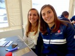 ザウバーのF1開発ドライバー、タチアナ・カルデロン(右)、タチアナ・パウラ(左)