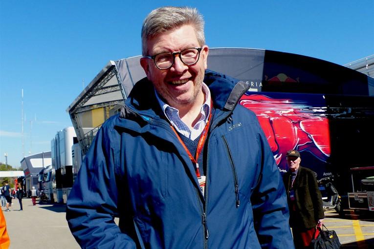 F1 | 【あなたは何しに?】F1合同テストの視察に訪れたロス・ブラウンに突撃