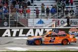 海外レース他 | NASCAR:0.565秒差でフォードが2連勝。トヨタ・カムリは3位食い込む