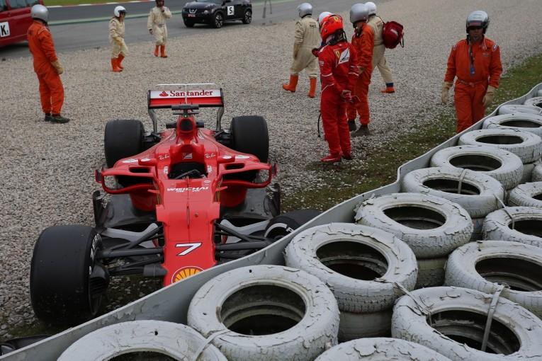 2017年第2回F1合同テスト2日目 キミ・ライコネン(フェラーリ)がクラッシュ