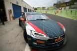 スーパーGT | ディ・グラッシ、電動GT選手権用『テスラ・モデルS』をテスト「GT500に並ぶ可能性も」
