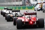 2016年F1オーストラリアGP予選 ピットレーンで並ぶセバスチャン・ベッテル(フェラーリ)